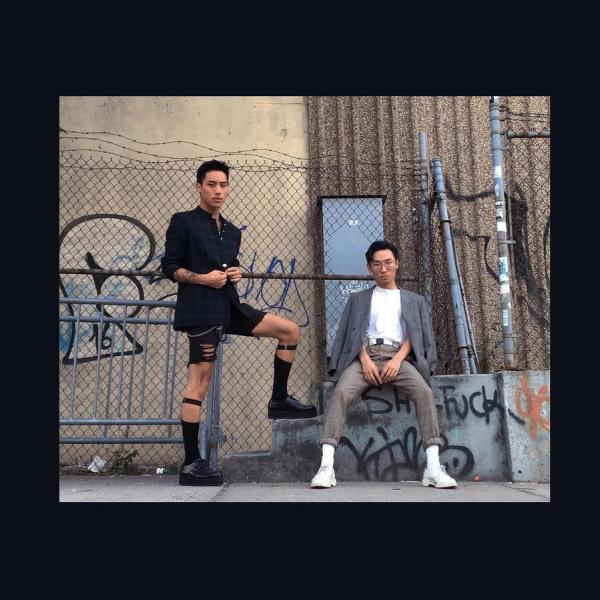 """这两位男孩创立了男士高跟鞋品牌,是为了让人们 """"坦诚以待"""""""