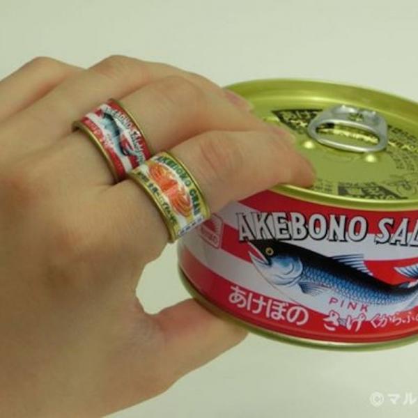 火爆日本社交网络的罐头戒指,套住了快餐美食家们的无名指