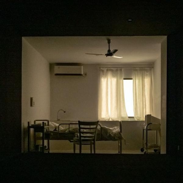 辛未:即使复原一个房间,也依然没办法回去
