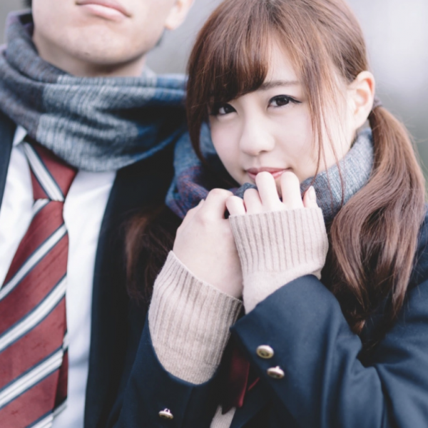 别的简报|日本高中女生因恋爱被劝退后将学校告上法庭
